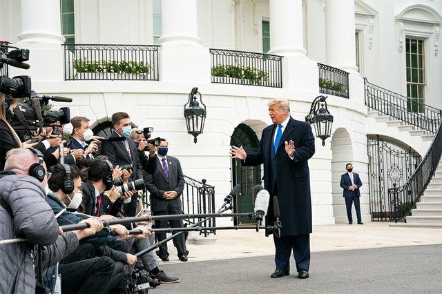 IssueoftheWeek_TrumpWhiteHouse_(Joyce N. Boghosian).jpg