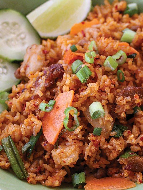 food-drink_Sweet Basil_Jeow Bong Fried Rice(Sweet Basil).jpg