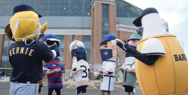 Brewers Tailgate via Twitter.png