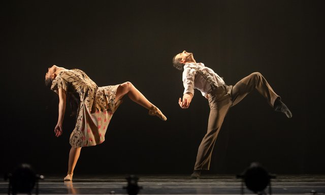 Milwaukee Ballet photo by Mark Frohna.png