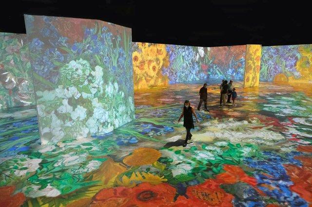 Photo via Van Gogh Milwaukee.jpg