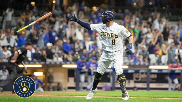 Milwaukee Brewers - Manny Piña