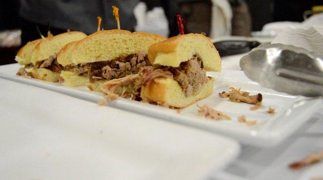 stein-and-dine-8-sandwich.jpg