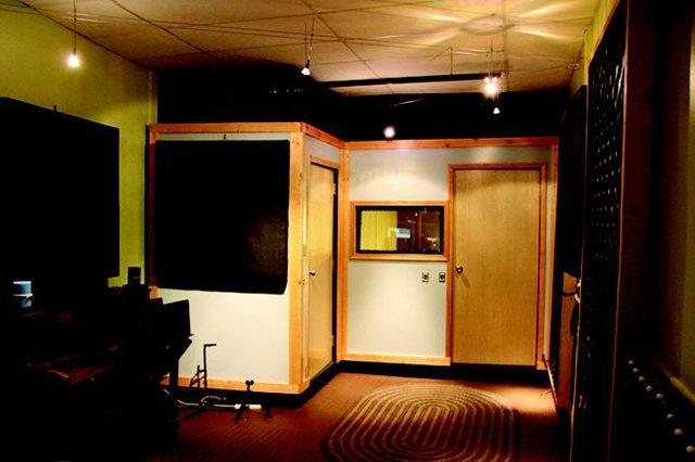 MusicLocal_Studio3.jpg.jpe