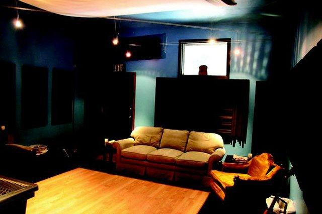 MusicLocal_Studio2.jpg.jpe